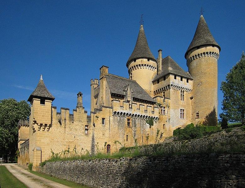 Photo du Monument Historique Château de Puymartin situé à Marquay