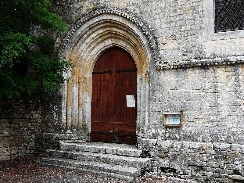 Photo du Monument Historique Eglise Saint-Saturnin situé à Mayac