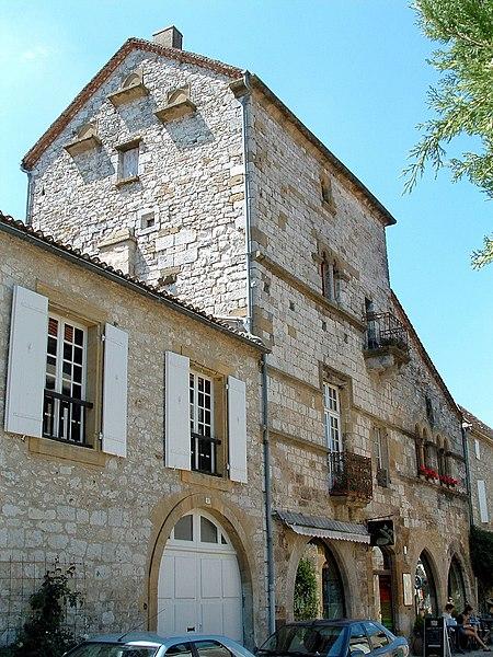 Photo du Monument Historique Ancienne grange aux dîmes, dite Maison du Chapître situé à Monpazier