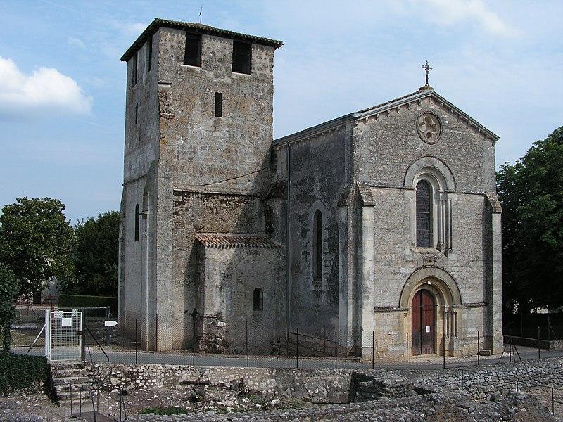 Photo du Monument Historique Eglise Saint-Pierre-ès-Liens£ situé à Montcaret