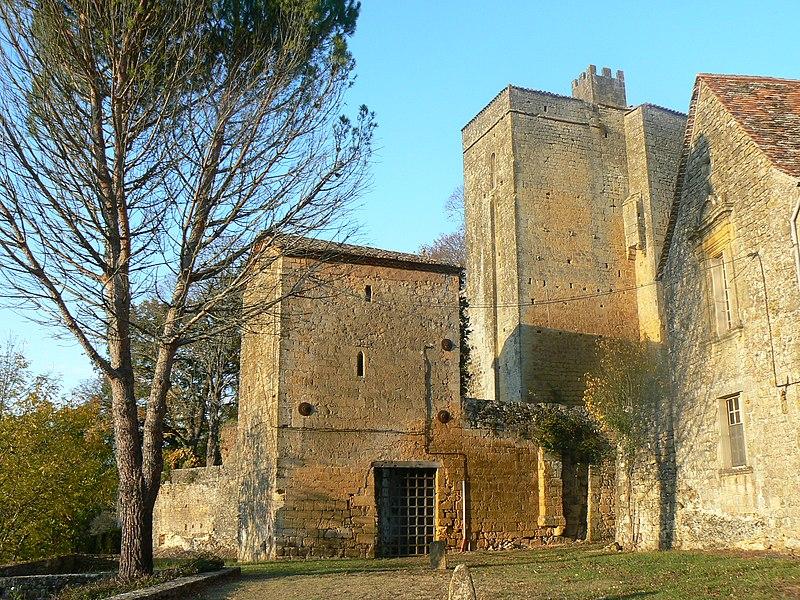 Photo du Monument Historique Château de Montferrand situé à Montferrand-du-Périgord
