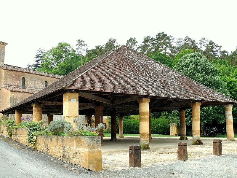 Photo du Monument Historique Halle couverte situé à Montferrand-du-Périgord