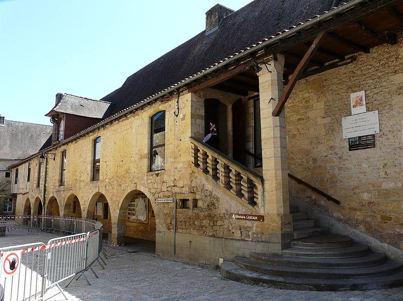Photo du Monument Historique Ancien hôpital Saint-Jean ou ancien prieuré situé à Montignac