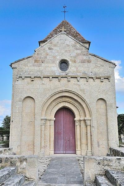 Photo du Monument Historique Eglise Saint-Pierre-ès-Liens situé à Montpeyroux
