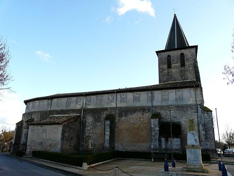 Photo du Monument Historique Eglise Notre-Dame de l'Assomption de Ménesterol situé à Montpon-Ménestérol
