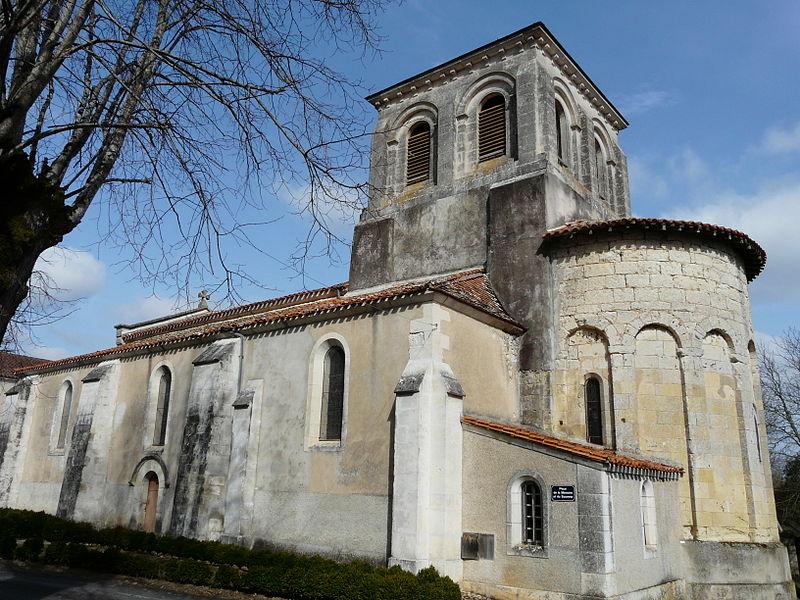 Photo du Monument Historique Eglise Saint-Pierre-ès-Liens situé à Montrem