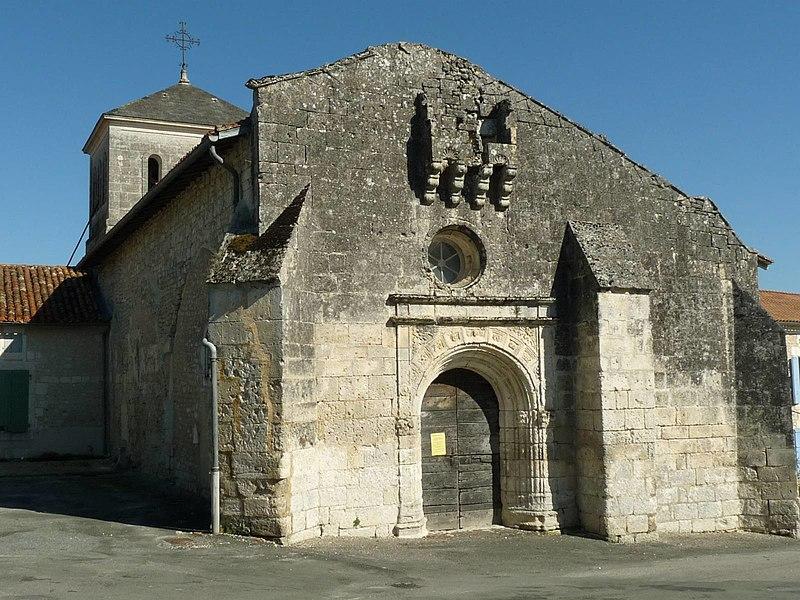 Photo du Monument Historique Eglise Saint-Jacques situé à Nanteuil-Auriac-de-Bourzac