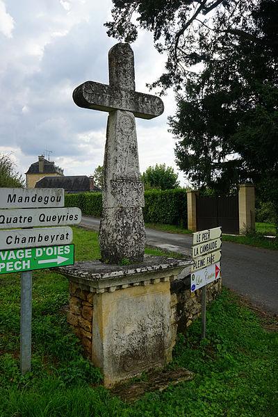 Photo du Monument Historique Croix dite de la Faurie situé à Paulin