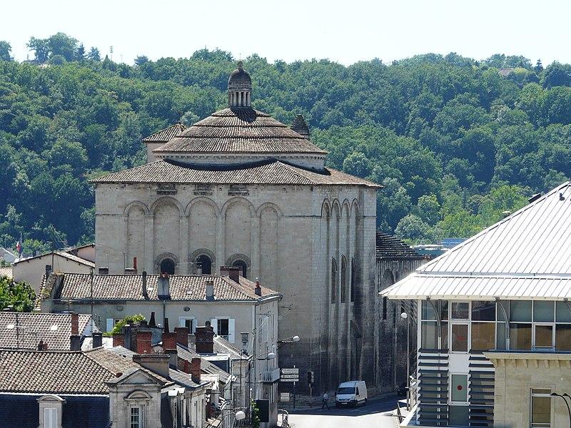 Photo du Monument Historique Eglise Saint-Etienne-de-la-Cité situé à Périgueux
