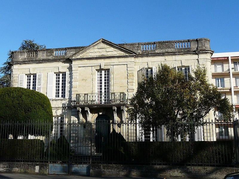 Photo du Monument Historique Hôtel de la Division situé à Périgueux