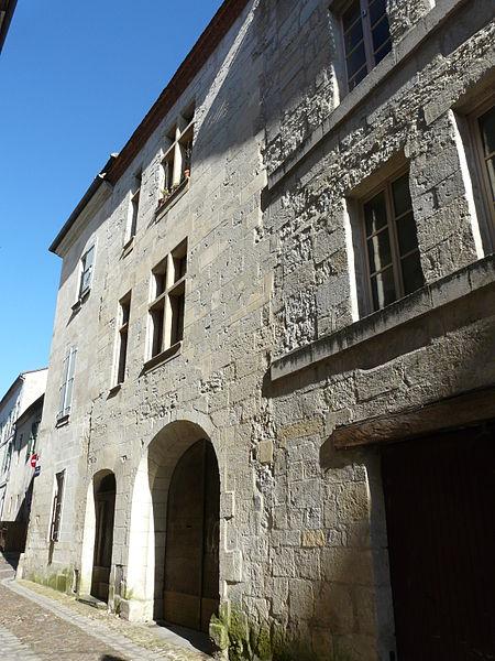 Photo du Monument Historique Hôtel de la Monnaie ou Maison du Gouverneur situé à Périgueux