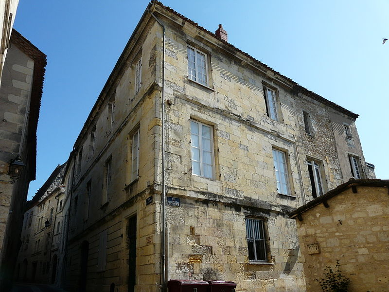Photo du Monument Historique Hôtel de Nervau situé à Périgueux