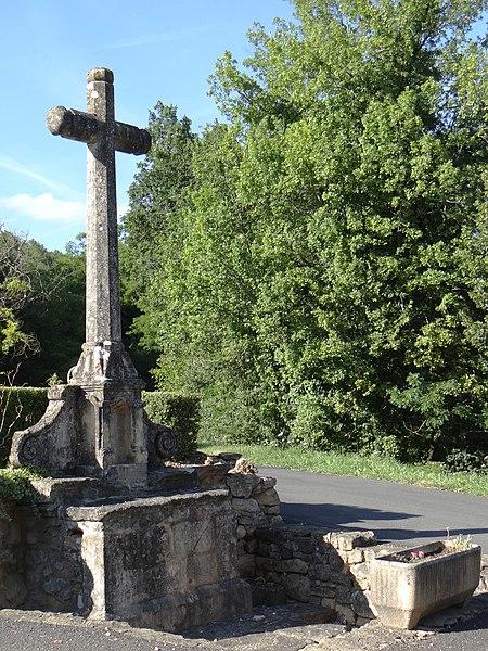 Photo du Monument Historique Autel, dit aussi croix de Lassagne situé à Saint-André-d'Allas
