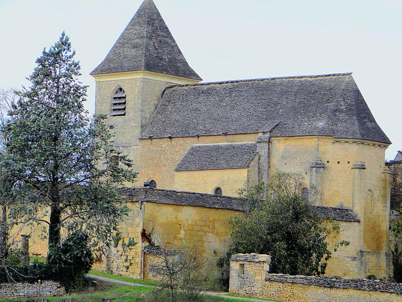 Photo du Monument Historique Eglise Sainte-Marie et Sainte-Anne, ancien prieuré et cimetière de Carlucet situé à Saint-Crépin-et-Carlucet