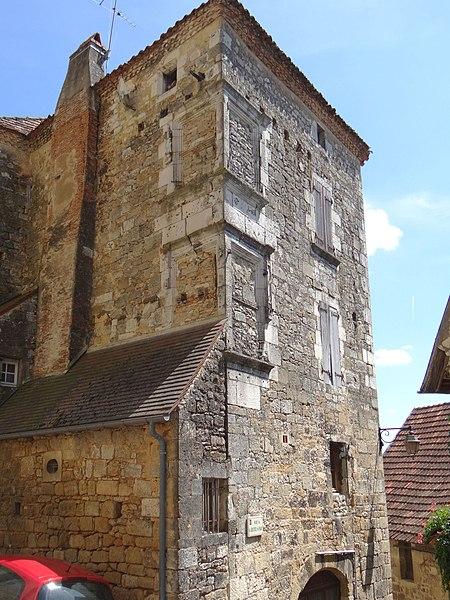 Photo du Monument Historique Presbytère situé à Saint-Cyprien