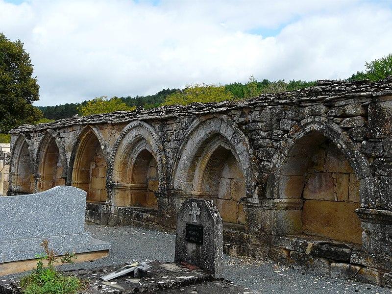 Photo du Monument Historique Cimetière situé à Saint-Léon-sur-Vézère