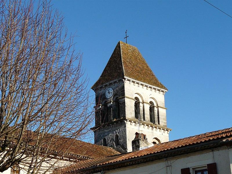 Photo du Monument Historique Eglise Saint-Pierre-ès-Liens situé à Saint-Pierre-de-Côle