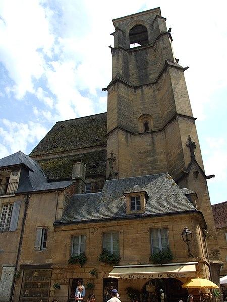 Photo du Monument Historique Ancienne église Sainte-Marie situé à Sarlat-la-Canéda