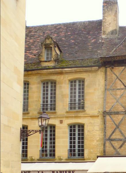 Photo du Monument Historique Maison du 18e siècle situé à Sarlat-la-Canéda