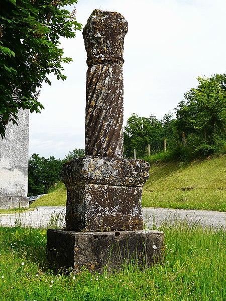 Photo du Monument Historique Colonne romaine situé à Sencenac-Puy-de-Fourches