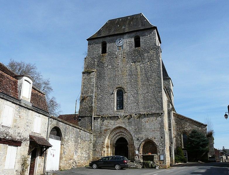 Photo du Monument Historique Ancienne abbaye Saint-Pierre situé à Tourtoirac