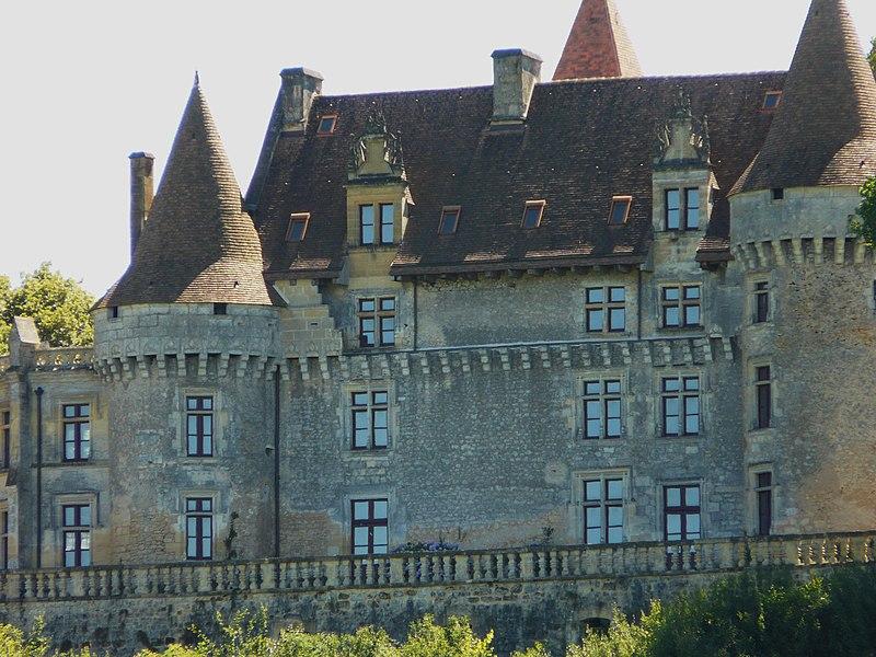 Photo du Monument Historique Château de Marzac situé à Tursac