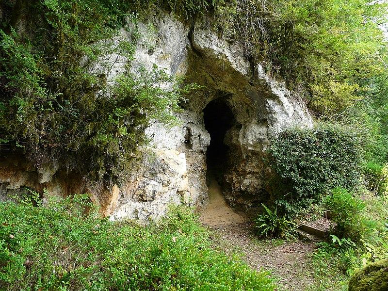 Photo du Monument Historique Gisement préhistorique du Ruth ou Abri Pages situé à Tursac