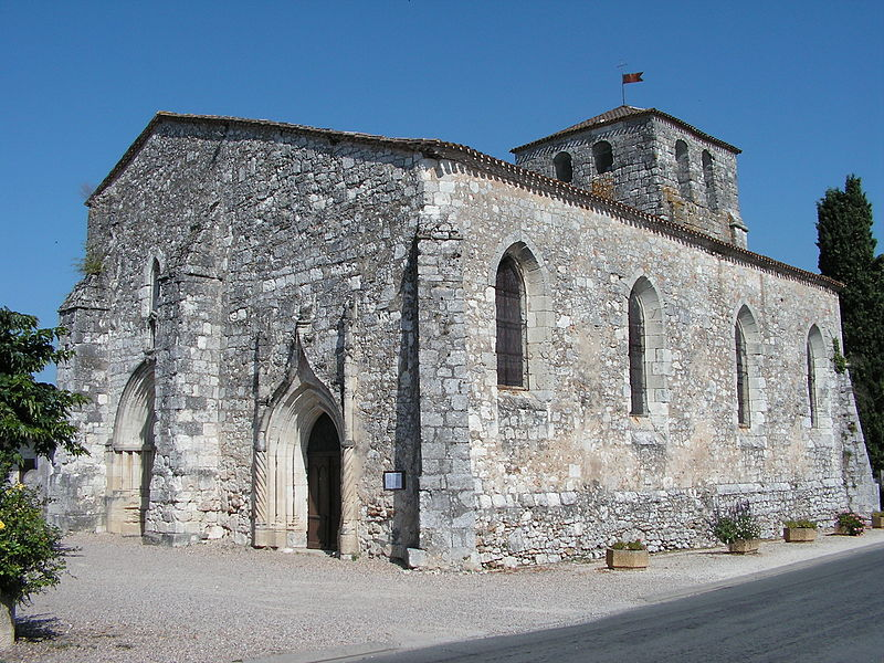 Photo du Monument Historique Eglise Saint-Martin situé à Vélines