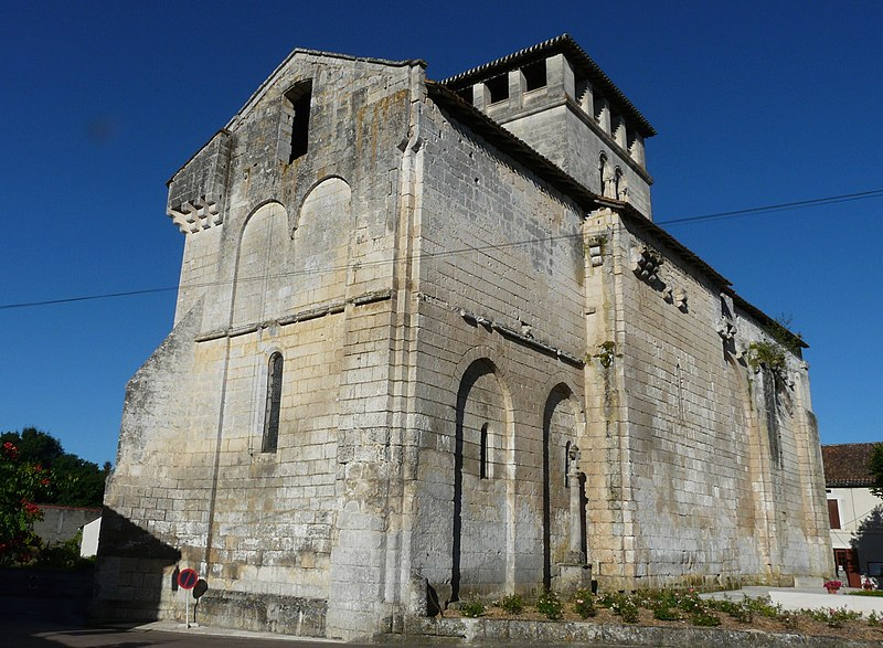 Photo du Monument Historique Eglise Saint-Pierre-ès-Liens situé à Vieux-Mareuil