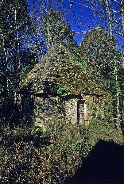 Photo du Monument Historique Cabane en pierre sèche de Peyremole situé à Carsac-Aillac