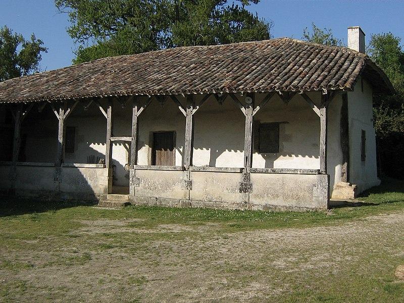 Photo du Monument Historique Domaine du Parcot situé à Echourgnac