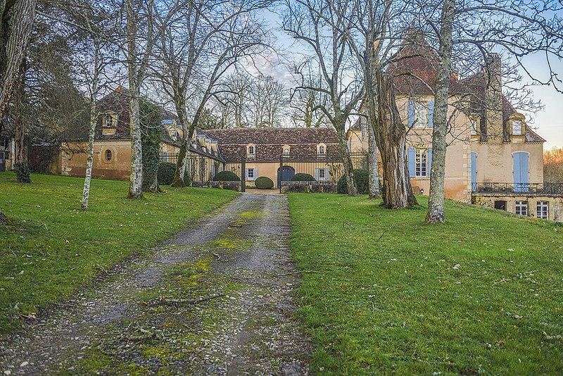 Photo du Monument Historique Château de Garraube situé à Liorac-sur-Louyre