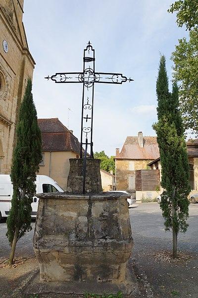 Photo du Monument Historique Croix situé à Sainte-Alvère