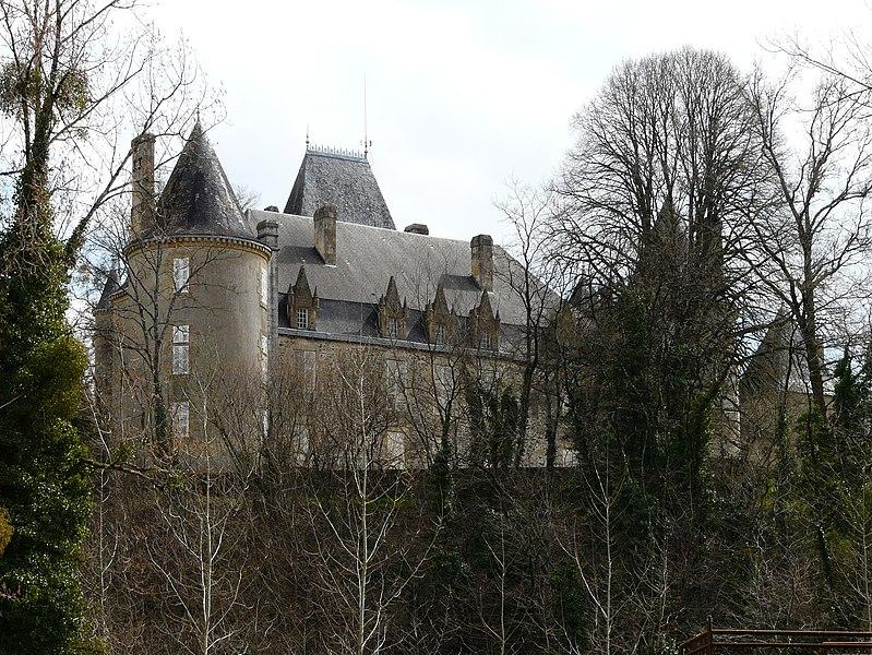 Photo du Monument Historique Château de Rouffiac situé à Angoisse