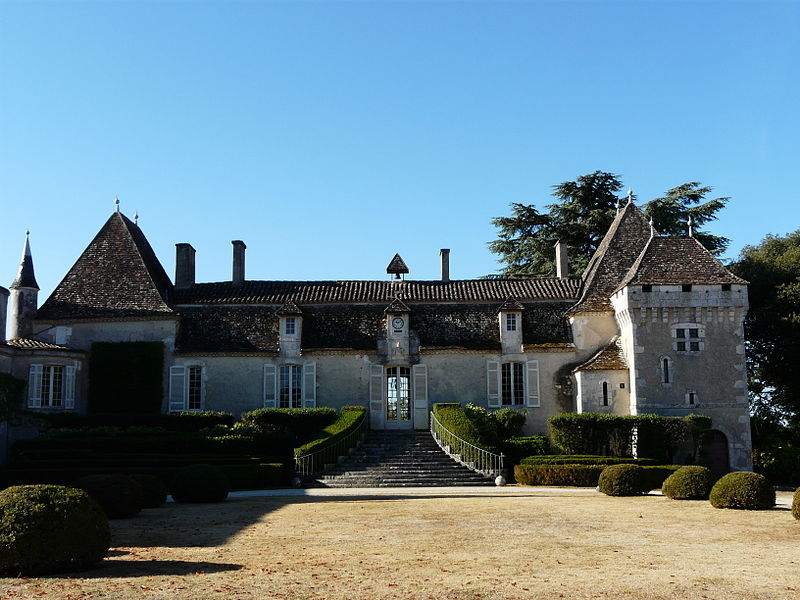 Photo du Monument Historique Château de Pouthet situé à Eymet