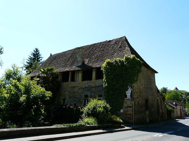 Photo du Monument Historique Moulin de Larroque situé à Couze-et-Saint-Front