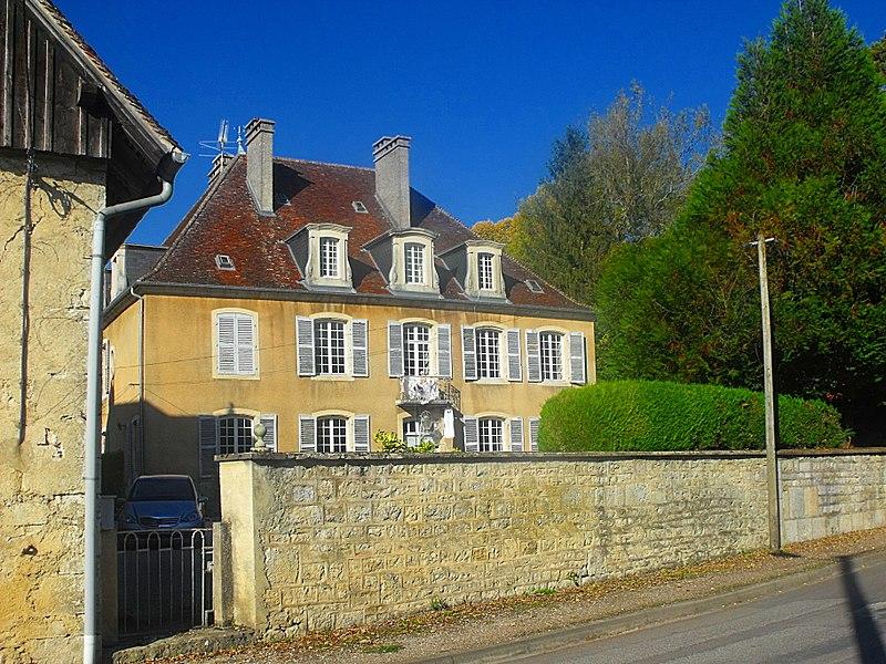Photo du Monument Historique Château d'Arc situé à Arc-et-Senans