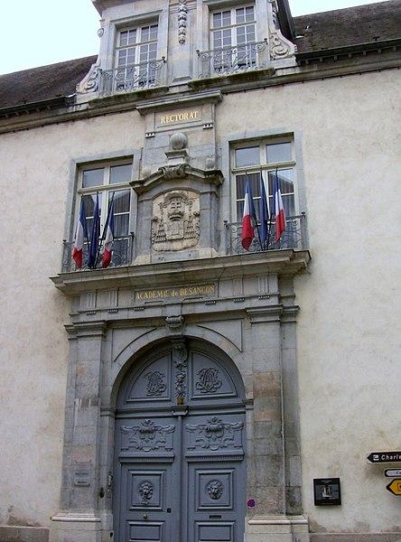 Photo du Monument Historique Ancien archevêché situé à Besançon
