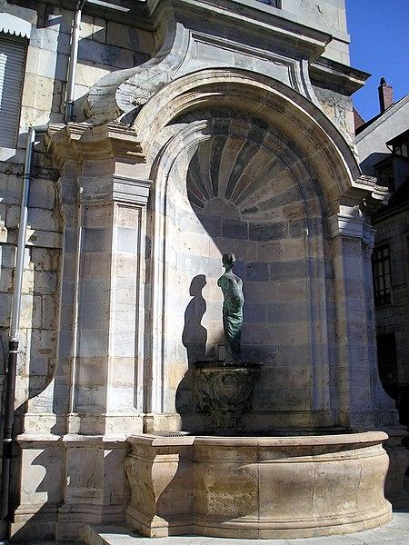 Photo du Monument Historique Fontaine monumentale situé à Besançon