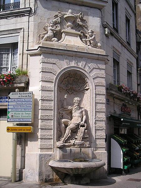 Photo du Monument Historique Fontaine publique (Fontaine du Doubs) situé à Besançon
