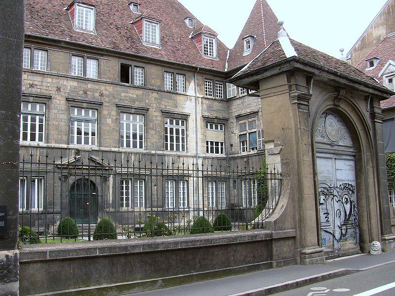 Photo du Monument Historique Hôtel de Montmartin  , annexe de l'hôpital Saint-Jacques situé à Besançon