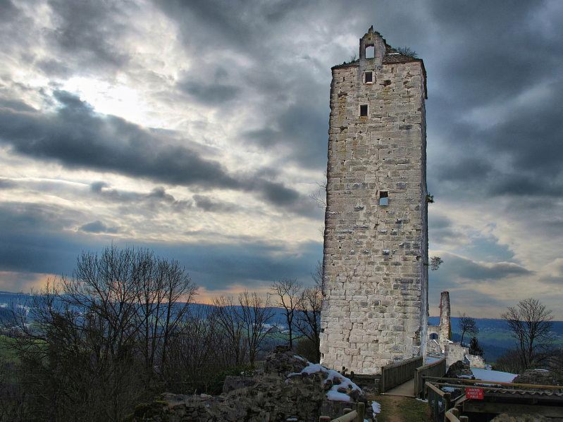 Photo du Monument Historique Château de Scey (également sur commune de Chassagne-Saint-Denis) situé à Cléron