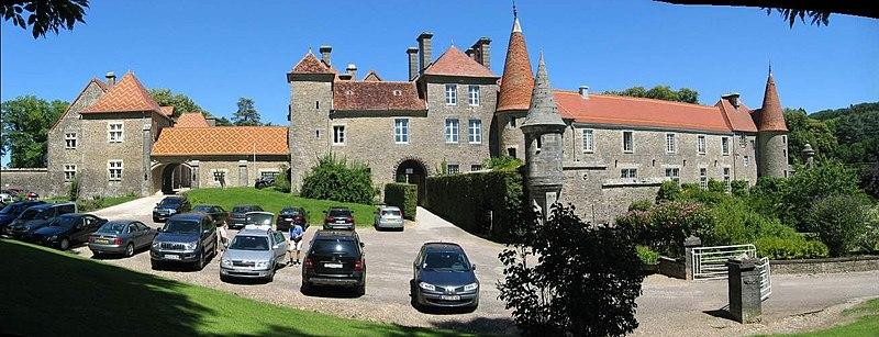 Photo du Monument Historique Château de Bournel (également sur communes de Cubrial et Nans) situé à Cubry