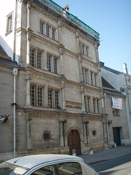 Photo du Monument Historique Maison Morlot ou maison Forstner, dite des Princes, actuellement succursale de la Banque de France situé à Montbéliard
