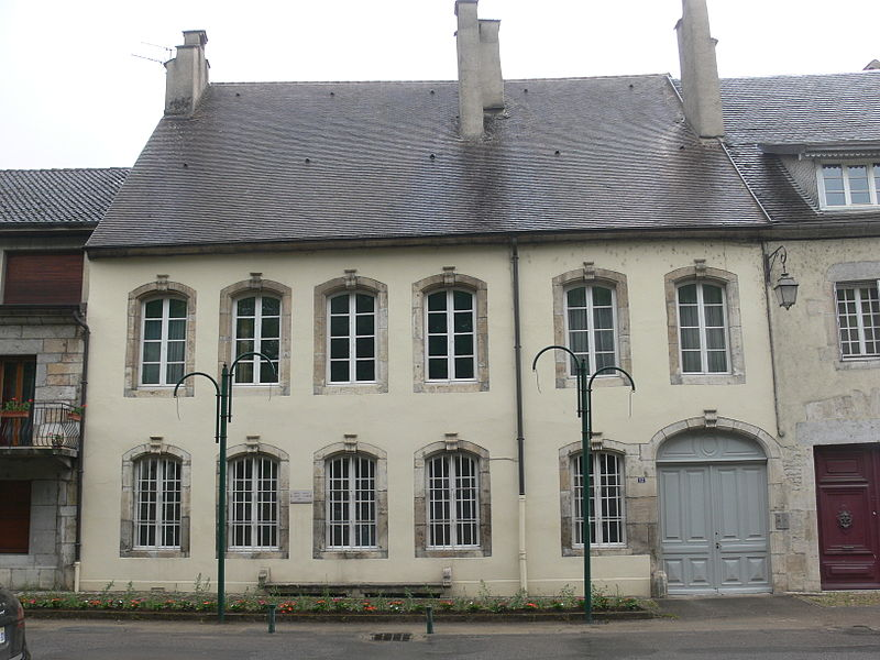 Photo du Monument Historique Hôtel de Sagey d'Arros situé à Ornans