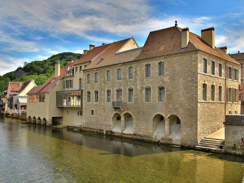 Photo du Monument Historique Maison natale de Gustave Courbet situé à Ornans