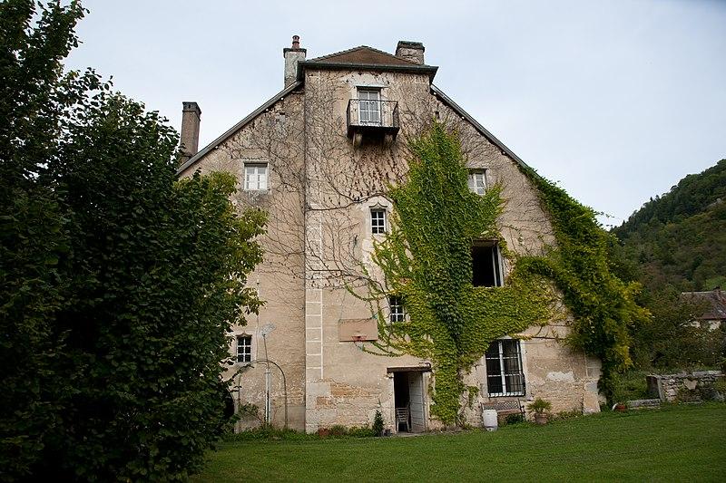 Photo du Monument Historique Maison dite La Forteresse situé à Vuillafans