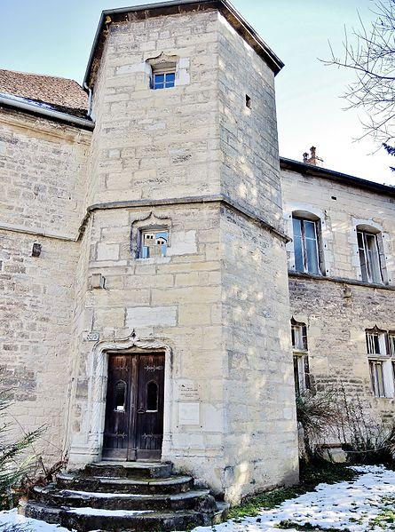 Photo du Monument Historique Hôtel des Sires de Neuchâtel situé à Baume-les-Dames