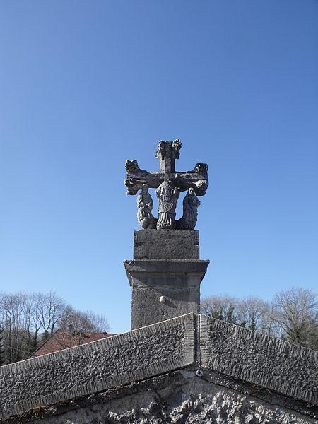 Photo du Monument Historique Croix du bas du village situé à Germéfontaine