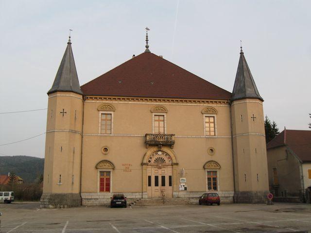 Photo du Monument Historique Hôtel de ville situé à Mouthe